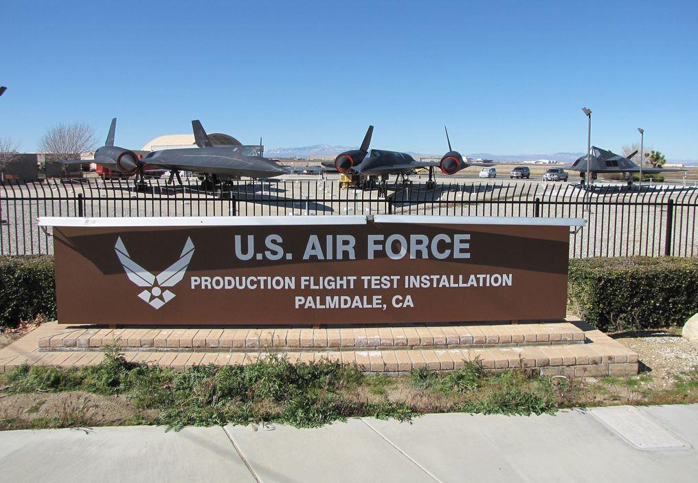 Blackbird Airpark - Lockheed SR-71 Blackbird - Lockjeed A-12 OXCART