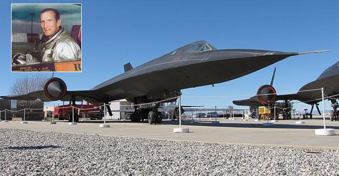 Robert-Gilliland-SR-71-Blackbirf-Airpark